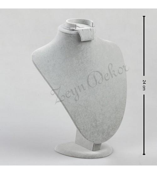 gri-damla-takimlik-manken-1-500×554